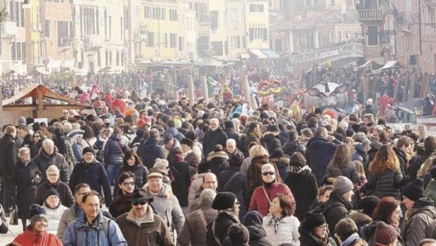 Italia Nostra propone un massimo di 38.000 turisti al giorno