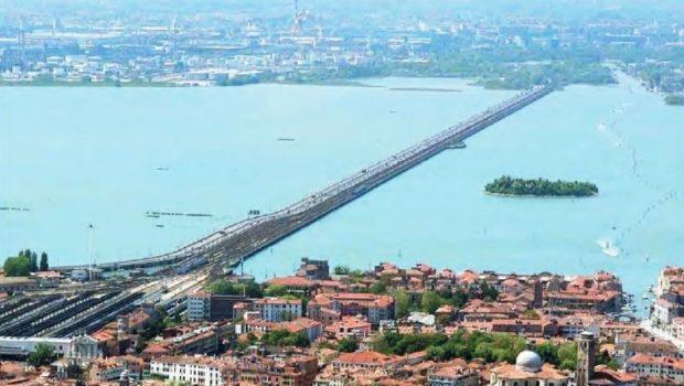Separazione tra Venezia e Mestre, si farà il referendum