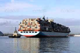 Presente e futuro del porto commerciale