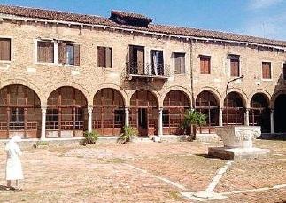 Suore canossiane, chiude il convento di Sant'Alvise