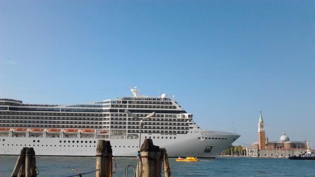 Brugnaro: bellissime le navi da crociera