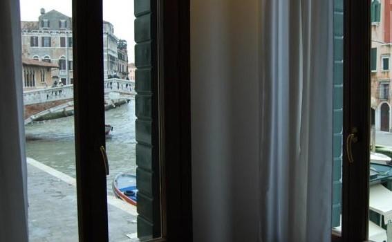 La giunta di Mestre approva: ancora alberghi a Venezia