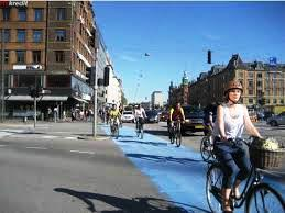 Copenhagen espelle le auto, Brugnaro le incentiva