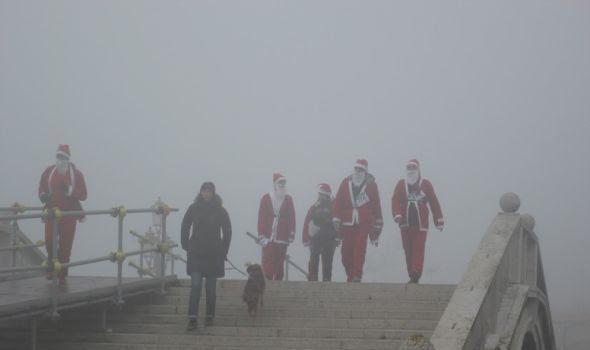La corsa dei Babbo Natale