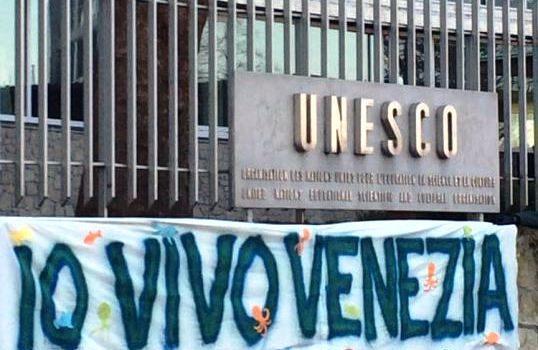 La Municipalità all'Unesco: i veneziani patiscono ma non sono ascoltati