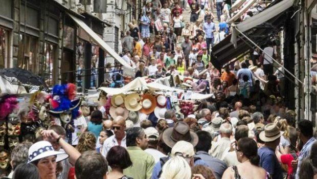 Turismo a Venezia, si studia come aumentarlo