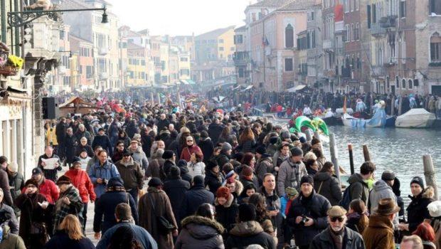Diritto alla città: Venezia, nell'epoca del turismo globale