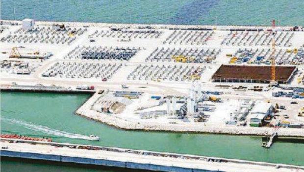 Demolizioni a Santa Maria del Mare