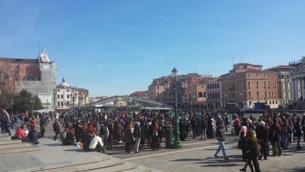 """Dopo Italia Nostra altre associazioni chiedono a UNESCO di inserire Venezia nella """"danger list"""""""